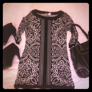 Adorable WHBM Tunic Top