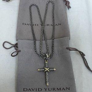 🔴Authentic David Yurman Cross pendent necklace