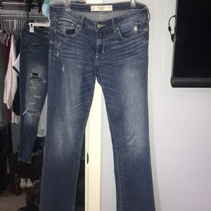 Abercrombie and Fitch Boot Cut Jeans, Size 6 Short