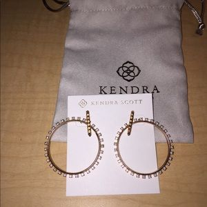 Kendra Scott charlie grace Hopp earrings in gold