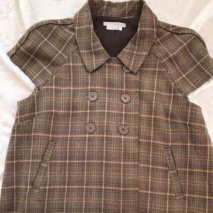 Cape-styled short plaid jacket
