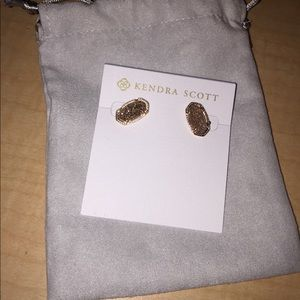 Kendra Scott Elle stud earrings