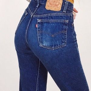 Levi's 501 Vintage High Waisted Mom Jeans