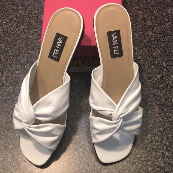 b1e54b2637edf SALE Van Eli Nappa leather white sandals 12M NWOT