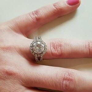 Sterlinh silver with real zirconia ring