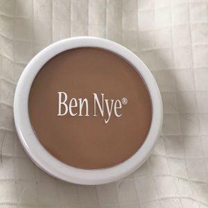 Ben Nye Creme Foundation P-12