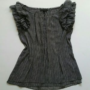 Banana Republic ruffles black and white size S.