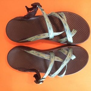 Used Damaged Chaco Zong Ecotread Sandals Size 8