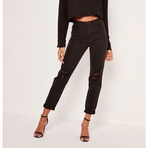 Brand new Missguided black Riot mom jean