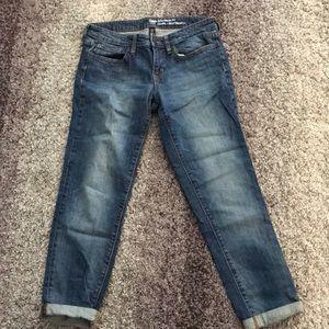 Gap boyfriend fit size 6 jeans