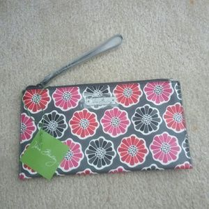 NEW Vera Bradley Wristlet Wallet