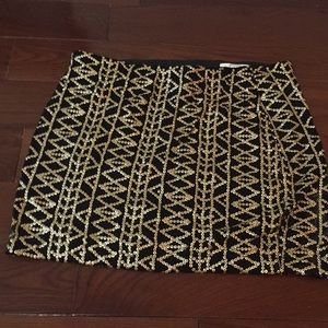 Dolce vita festive skirt! Black with gold sequins!