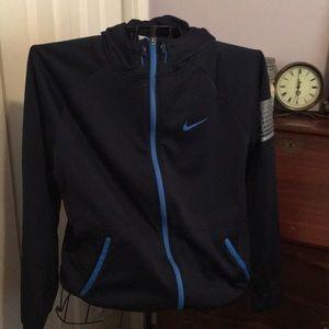 Nike therma fit zip front hoodie