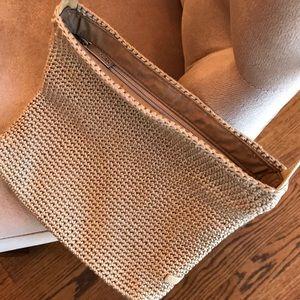 The Sak Bag with shoulder strap