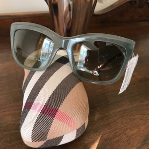 ba9986d93023 Burberry Accessories - Burberry metal lace sunglasses
