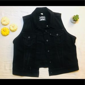 Levi-Black Denim Jean Vest Sleeveless Jacket Biker