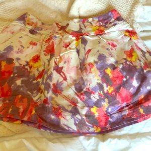 Lush brand bright floral mini skirt w pockets