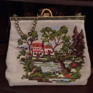 Handbags - Gorgeous vintage purse.