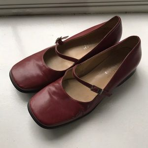 Women's dress flats. Franc Sarto, great condition