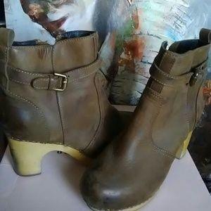 Jeffrey Campbell Boots Clogs Wooden heels