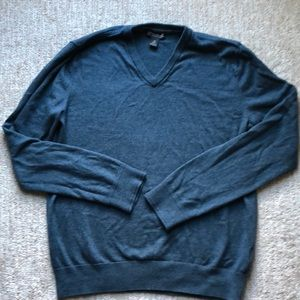 Banana Republic cotton cashmere blend sweater