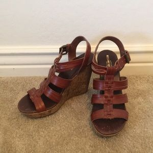 Mossimo supply company brown wedges