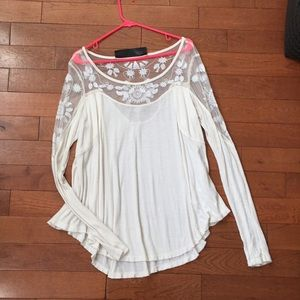 Free people long sleeved top (NO TRADES)