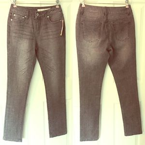 DKNY Jeans Stretch 4 Gray Silver New