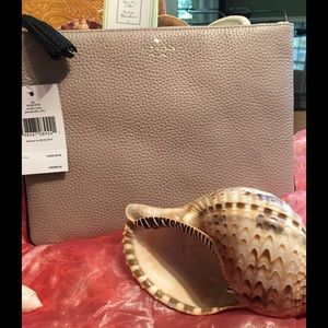 ❣️Holiday Sale!! Kate Spade Gia Chester Clutch