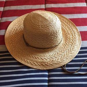 LL Bean Straw Hat M/L