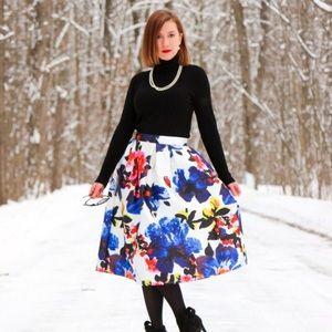 Dresses & Skirts - Floral High-waisted midi skirt
