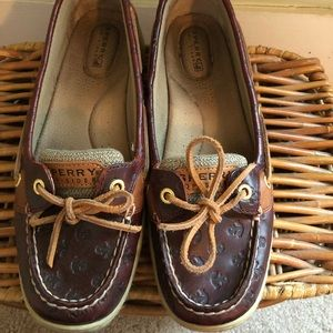 Sherry boatshoes with anchors