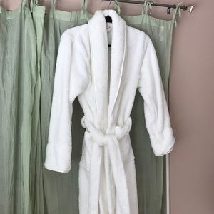 Bath and body works robe.
