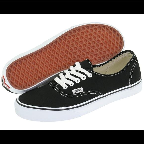 6be9f51006 Vans Classic Lace Up Dark Brown Shoes. M 5a11de29eaf030820c08a573