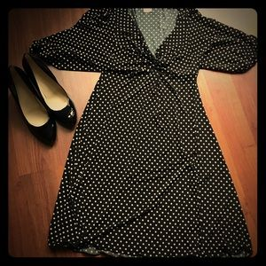 Polka dot dress. Super cute and never worn. Size M