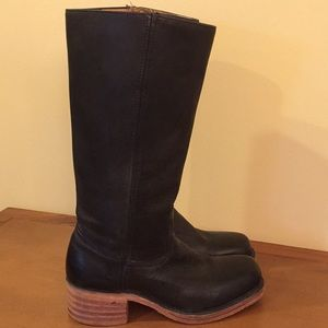 Gorgeous Frye Black Leather Boots