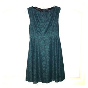 Green Lace French Connection Dress (size 4)