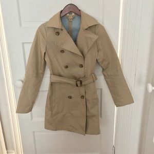 Classic light weight trench