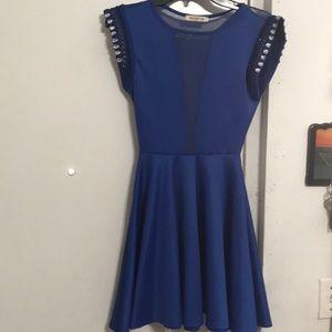 Arden B. Blue dress 👗