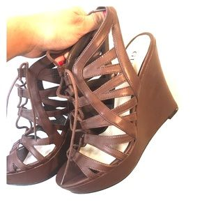 Guess brown wedges. Size 7 1/2. Only worn once. 😊