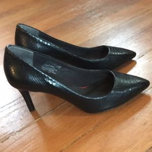 "Black Leather snakeskin pumps 3"" heel"