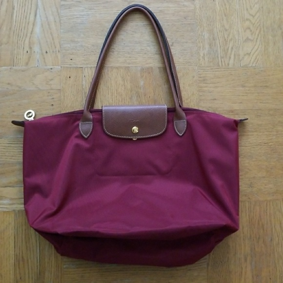 Longchamp Handbags - Longchamp Large Le Pliage Tote Bag aae7c8de4358d