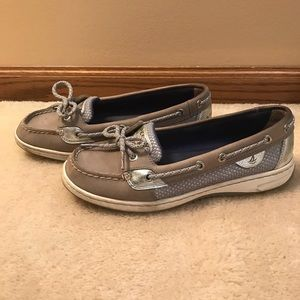 Size 7.5 gray Sperry's