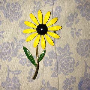 Accessories - Cute vintage sunflower pin