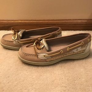 Size 7.5 gold Sperry's