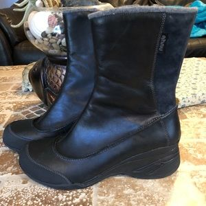 Anhu boots size 10.