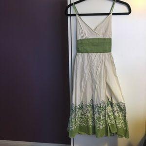 Beautiful green/beige summer dress