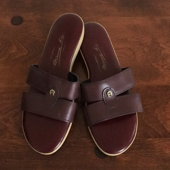 Etienne Aigner Leather Crossover Sandals really cheap shoes online free shipping authentic collections online buy cheap best wholesale UbdM0Qf