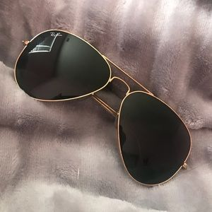 Ray-Ban Classic Aviator Black with Gold Trim