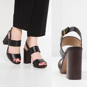 •Banana Republic• Block Heel Leather Sandals Black